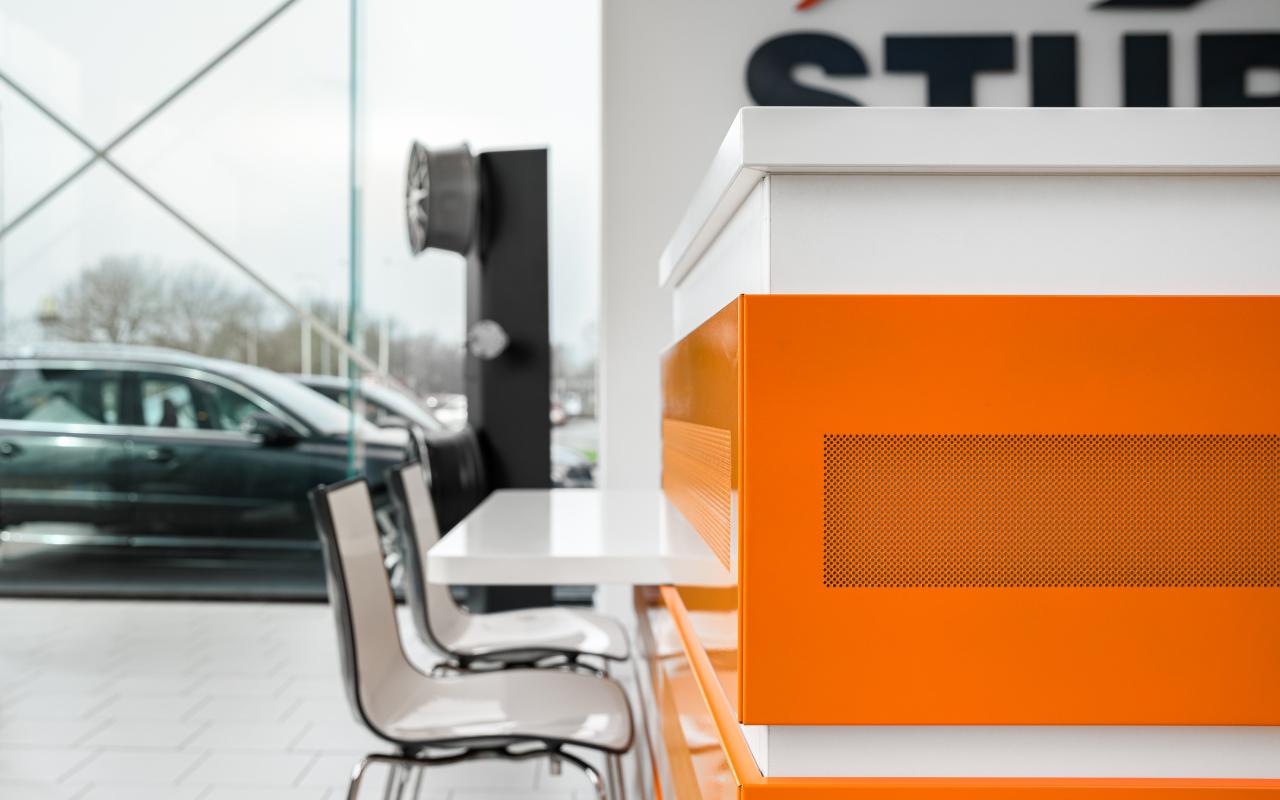 Auto Sturm balie kantoormeubelen Weststrate