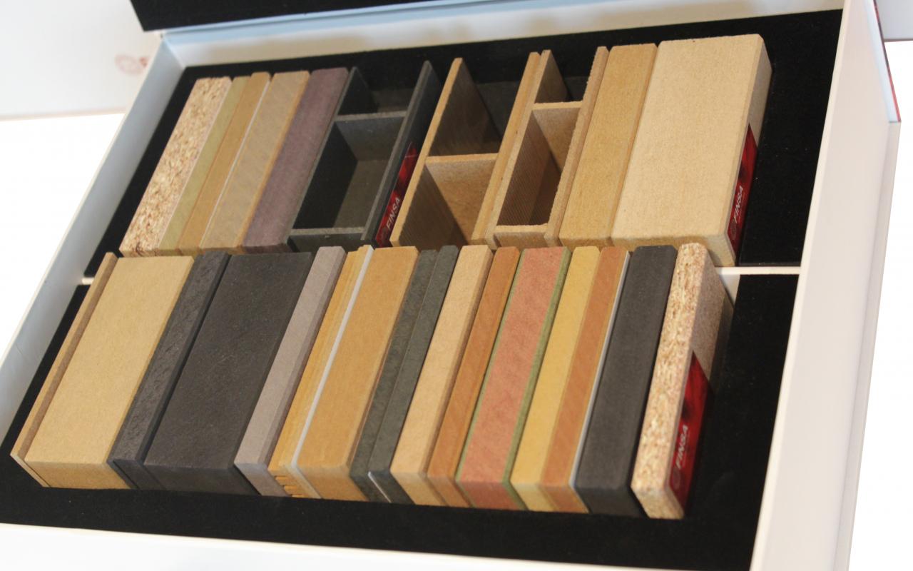 Finsa sample box met samples Weststrate