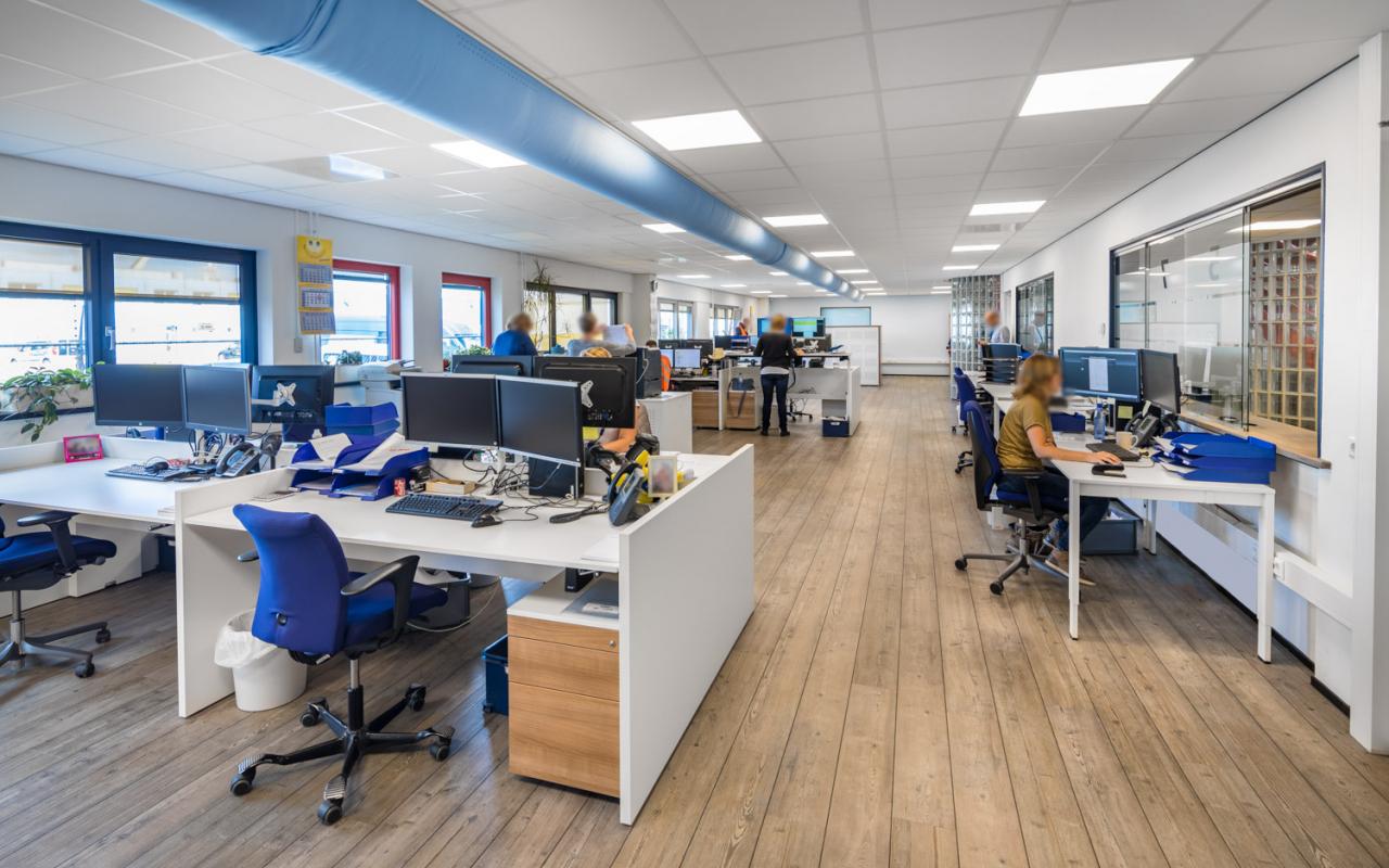 Weststrate kantoormeubilair Kloosterboer