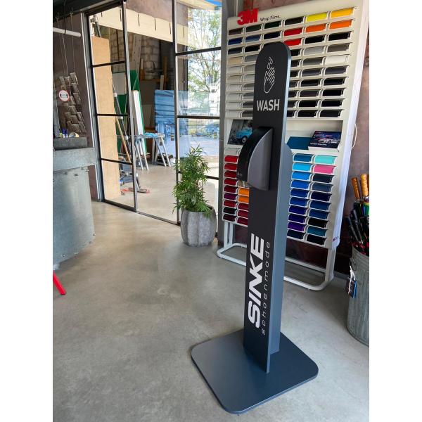 Desinfectiezuil, 160cm hoog, inclusief BlackSatino dispenser zwart
